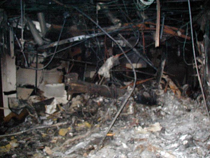 http://fredyz.free.fr/911/debris/train2.jpg